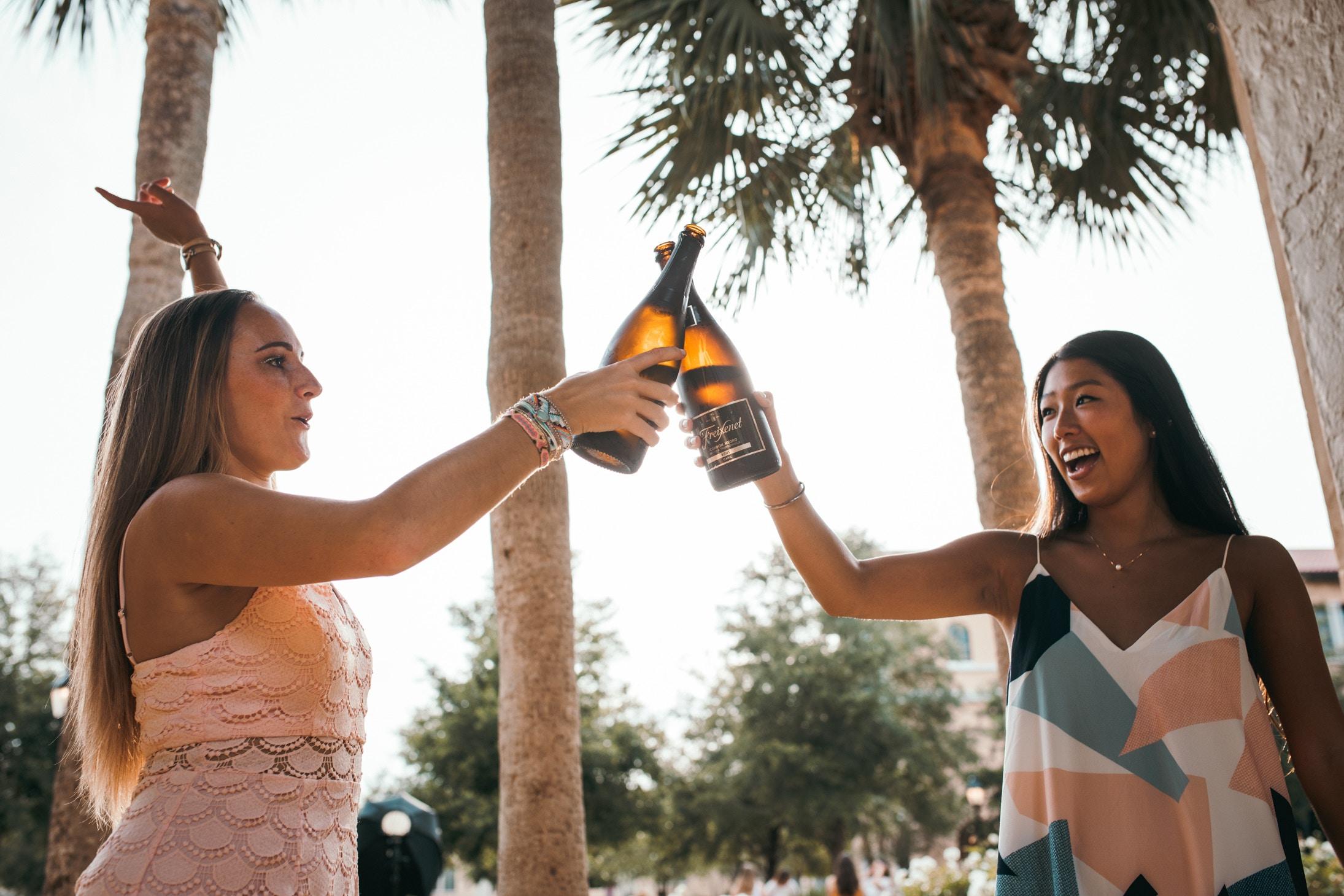 2 women celebrating