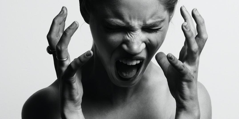 screaming girl no self-regulation